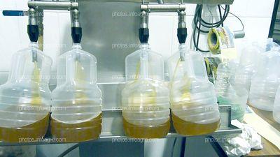 Botellas en trujal