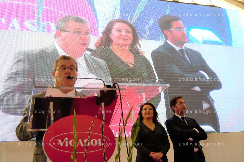 Juan Antonio González Real, presidente de Vicasol, durante su discurso en el acto de inauguración de Vicasol 3 El Ejido