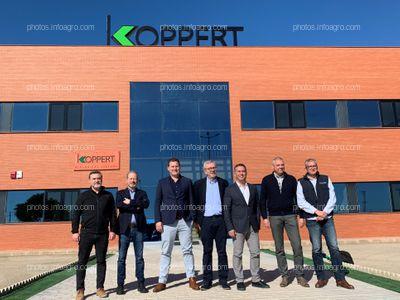 Foto de familia de la directiva de Koppert España