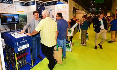 Visitantes profesionales se informan sobre sistemas de riego en Infoagro Exhibition 2019
