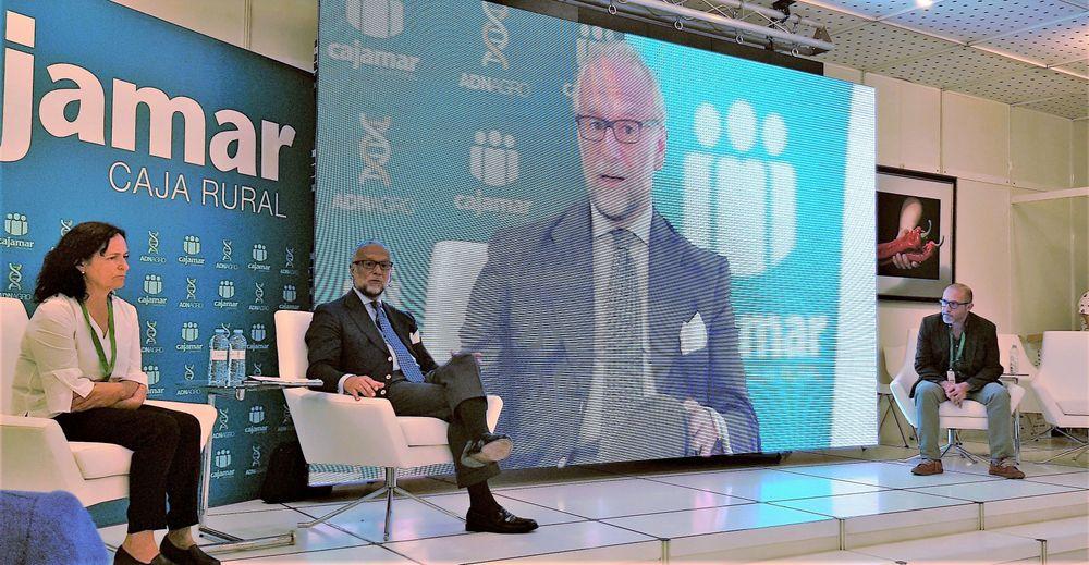Conferencia de José María O'Kean, economista, en Infoagro Exhibition 2019, durante su valoración socioeconómica de la provincia de Almería