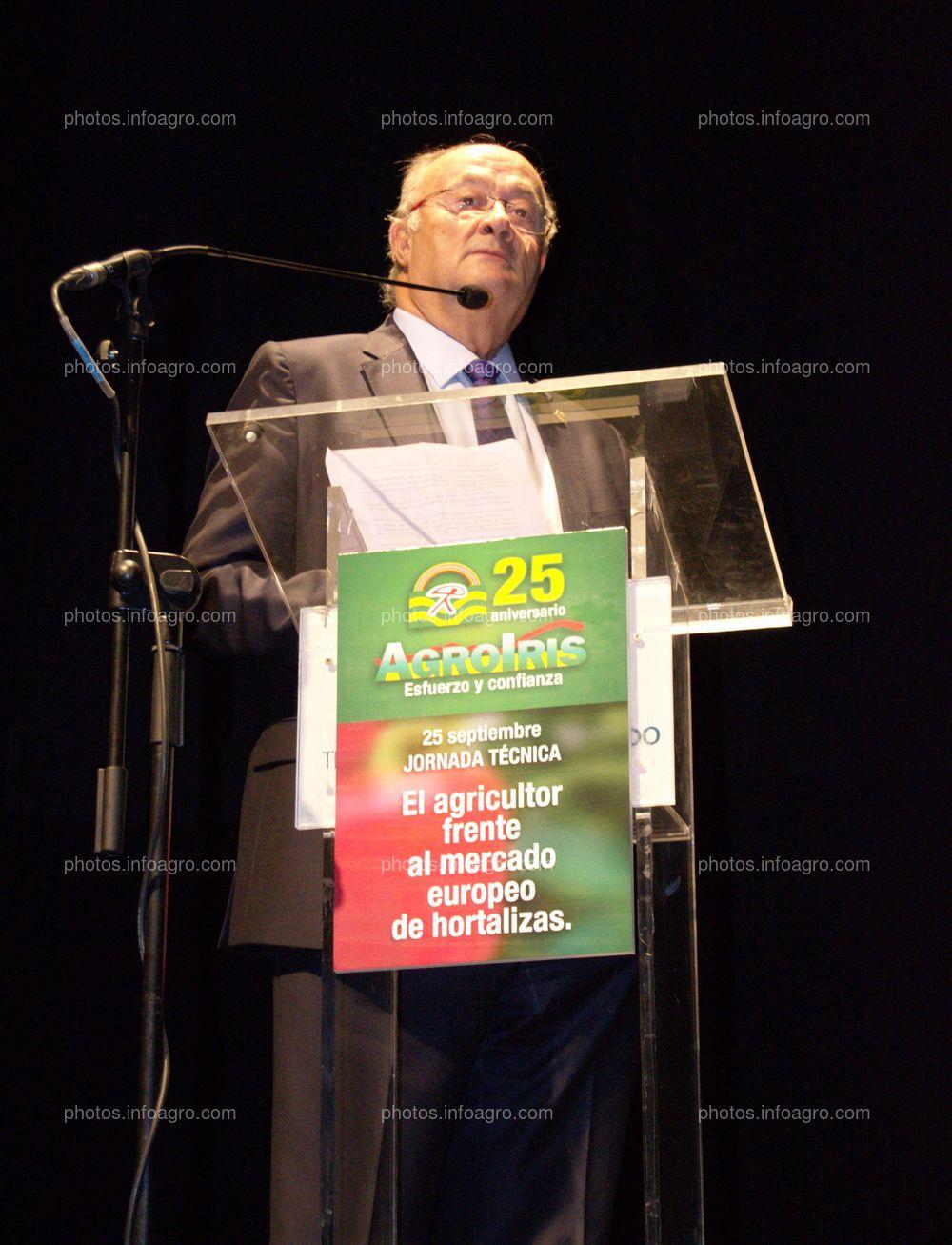 Juan Antonio Díaz Planelles, director general y fundador de Agroiris, recuerda en su discurso en el acto de celebración del 25 Aniversario de Agroiris, los inicios de la empresa.