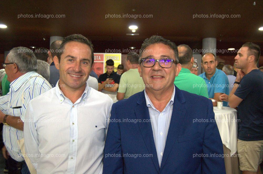 Emilio Martínez, gerente de Almafrut; y Joaquín Carrillo, director de Negocio Agroalimentario de Cajamar, acudieron al acto del 25 Aniversario de Agroiris.