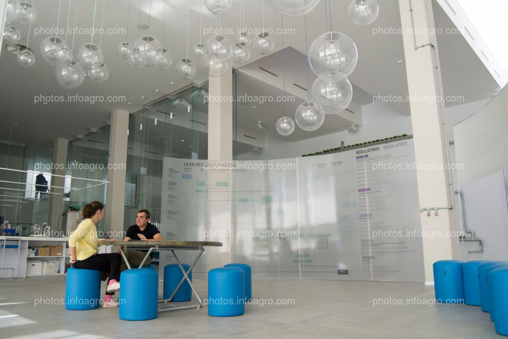 """El MAAVi de Kimitec cuenta con una """"sala de pensar"""" en la que se ponen en común ideas y avances en proyectos"""